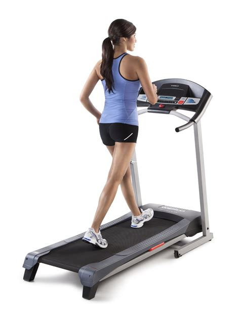 How To Use The Treadmill Weslo Cadence G 5 9 Treadmill Review The Best Selling