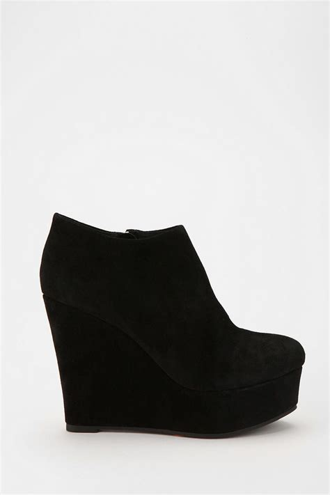 1000 ideas about black wedge boots on black