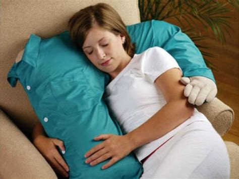 how to cuddle with your boyfriend on the couch cuddling is for the honeymoon stage funny