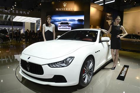 maserati sport car 2016 2014 maserati ghibli full specs live photos and video