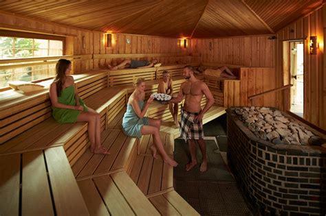 garten sauna neptunbad in k 246 ln eines der sch 246 nsten b 228 der in