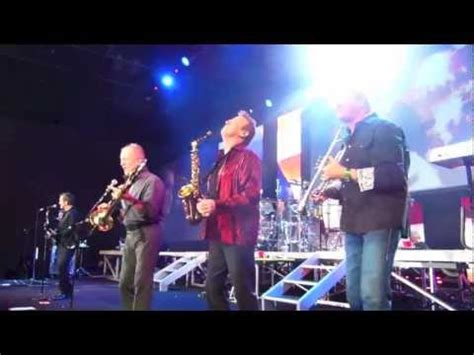 chicago horn section chicago horn section solo 2013 youtube