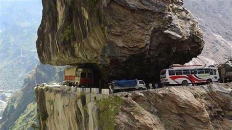 world dangerous 5 most dangerous roads in the world