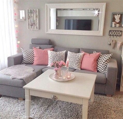 1000 ideas about shabby chic bedrooms on pinterest shabby chic cottages and bedrooms 1000 ideas about chic living room on pinterest shabby