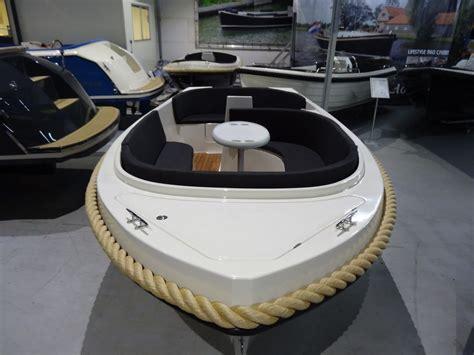lifestyle sloep lifestyle 530 comfort suydersee boat import