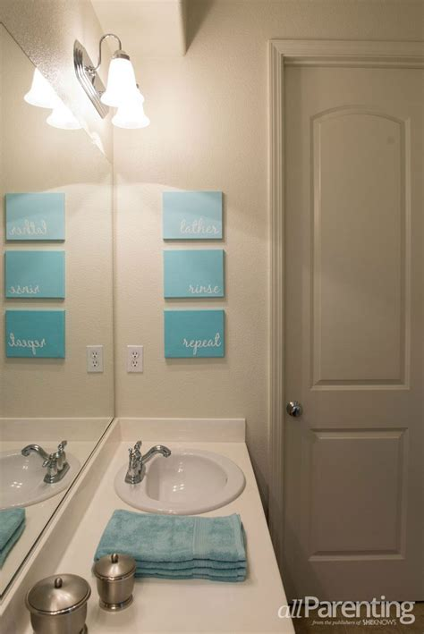 Bathroom Canvas Wall by Best 25 Diy Canvas Ideas On Diy Canvas