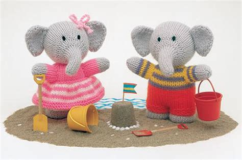 free patterns jean greenhowe jean greenhowe knitted animals knitting pattern booklet