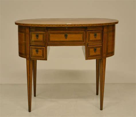 scrivania a fagiolo scrivania a fagiolo in stile 700 mobili e arredi