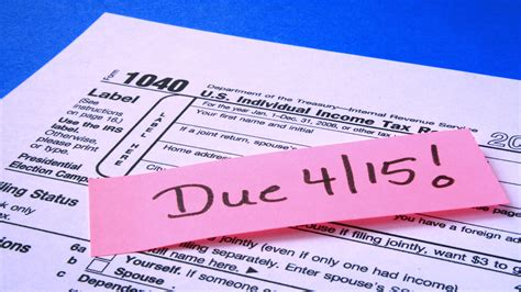 Expert Advice: 8 Tips for Students Filing Taxes for the