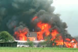 To Waco 80 Died In Standoff At Waco Cult Compound 23 Years Ago