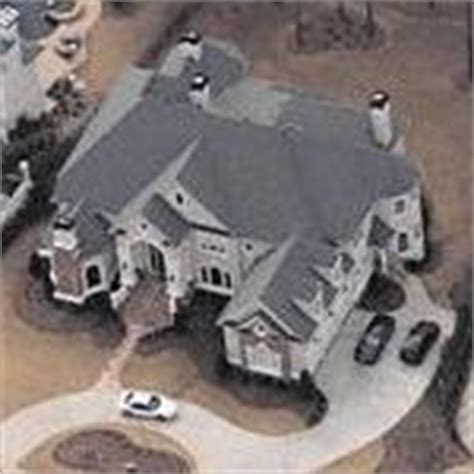 Mtv Cribs Bow Wow by Bow Wow S House In Duluth Ga Globetrotting