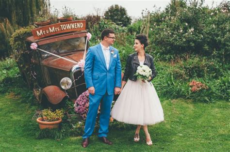 retro foodie and themed wedding 183 rock n roll