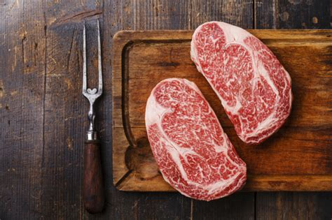 Tokusen Bifuteki Wagyu Steak Rib Eye why wagyu beef is so expensive marveldailymail