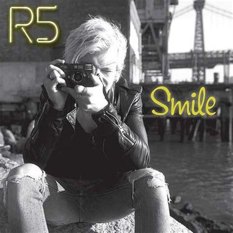 smile testo e traduzione r5 smile testo traduzione e ufficiale nuove
