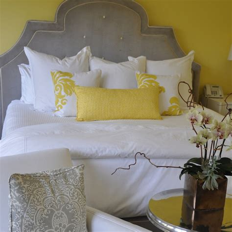 yellow gray bedroom yellow pillows design ideas