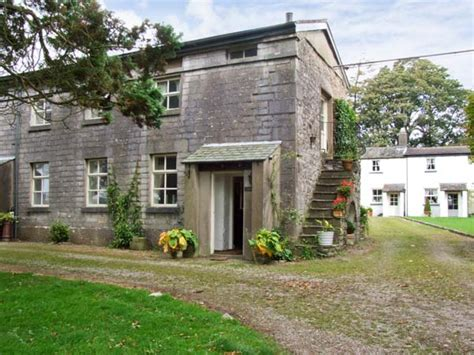 Friendly Cottages In Lake District by Friendly Cottage In Cartmel Cumbria The Lake