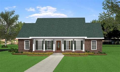 traditional southern house plans southern traditional house plan 64533