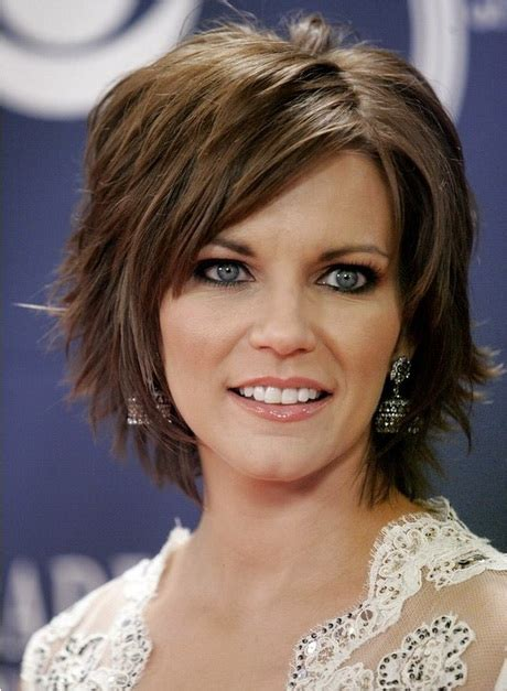 layered haircuts definition short layered haircuts with bangs