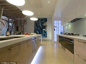 Design Kitchens Online the block twins alisa and lysandra fraser get top marks in