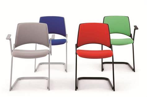 sedie a slitta sedia con base a slitta attrezzabile con braccioli e