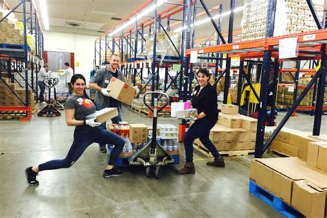 Food Pantry Denver by Hr Department Pitches In At Local Food Bank Cu Denver Today