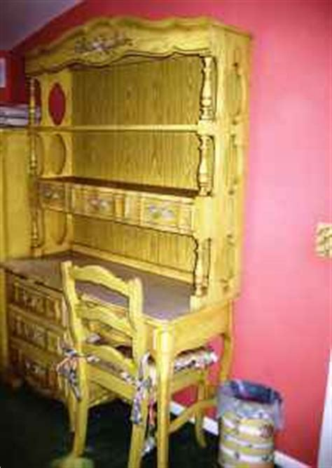 Hello I A Quot Dixie Quot Set Of Bedroom Furniture From The 60 My Antique Furniture Collection Cabaret Dixie Bedroom Set Apple Green My Antique Furniture Collection