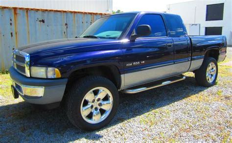 small engine repair training 1999 dodge ram 1500 interior lighting find used 1999 dodge ram 1500 5 2l v8 4wd laramie slt ext cab 4 dr pickup lexington ky in
