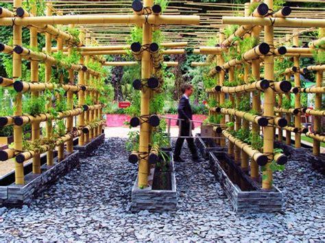 The babylon urban garden made out of bamboo 1001 gardens