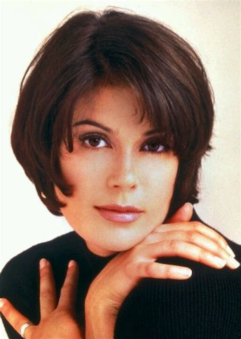 1990 actors with bowl haircuts teri hatcher as lois lane on lois and clark the new