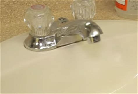 How To Clean A Smelly Drain In Bathroom Sink How To Deodorize Kitchen Sink Drain