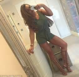 sexy bathroom poses nj 235 selfie seksi e lauren goodger lajme lajmi i fundit lajmet informacion