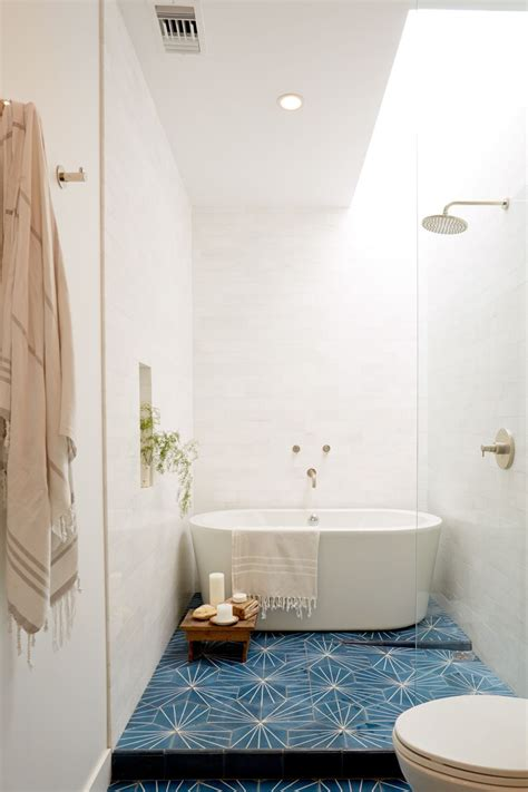 small space bathroom 10 pro tips for your most stylish small space ever small