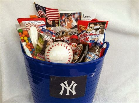 new year gifts nyc the other paper jeter comes clean about giving gift