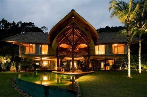 Beau Salon De Jardin Maison Du Monde #4: beaut%C3%A9-architecturale-les-plus-belles-villas-du-monde-foret-dans-le-jardin.jpg