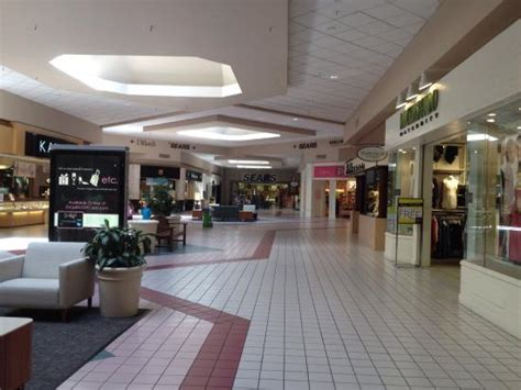 red cliffs mall st george