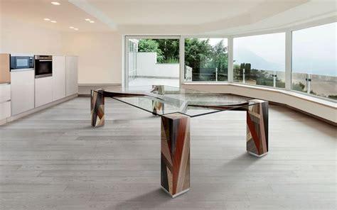 tavoli vetro design tavolo rettangolare piano in vetro gambe in legno