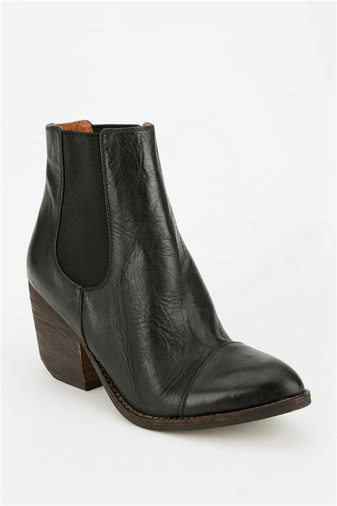 outfitters boots outfitters jeffrey cbell montana ankle boot in
