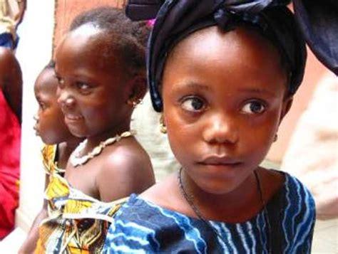 libreria dei popoli oggi alla ubik ritmi africani contro la malaria