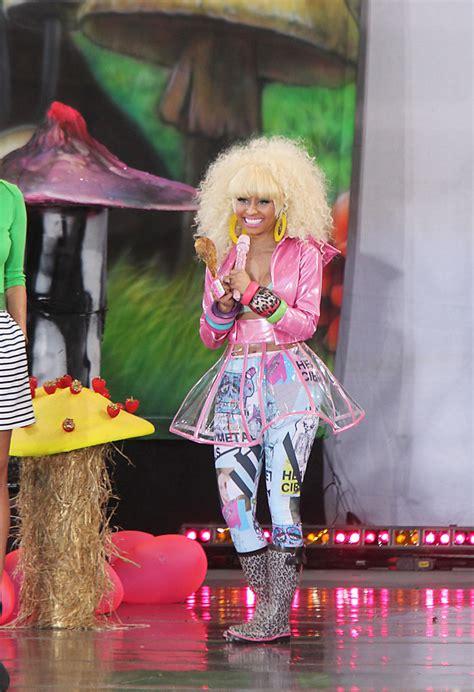 Nicki Minaj Wardrobe by Nicki Minaj Photos Photos Nicki Minaj Performs In Central Park Zimbio