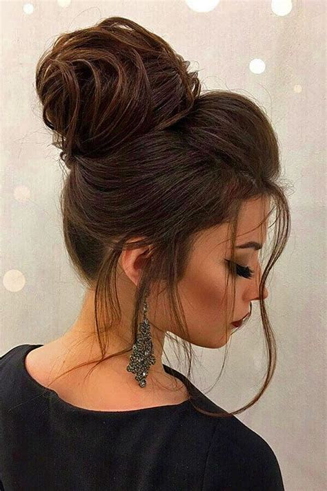 Bun Hairstyles For Hair by Best 25 Wedding Bun Hairstyles Ideas On