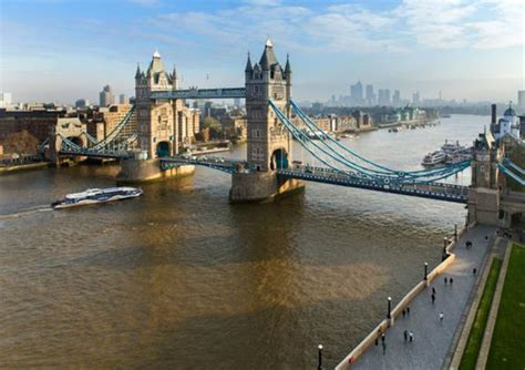 thames clipper pick up points find out why london thames clipper is the best way to sail