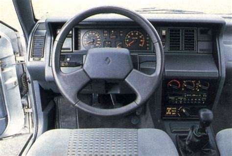 Renault 21 Interior by Renault 21 Review And Photos