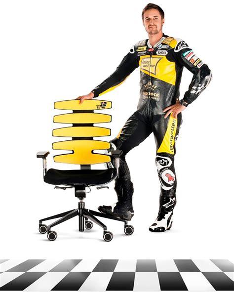 heißer stuhl ein heisser stuhl kreiert t 246 ffrennfahrer tom l 252 thi