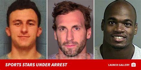 Ezekiel Elliott Criminal Record Dallas Cowboys Wr Lucky Whitehead Arrested For Shoplifting Warrant Issued Update