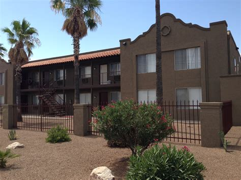 2 bedroom apartments in tucson vestis negotiates sale of colonia de tucson apartments in tucson