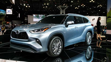 toyota kluger hybrid 2020 2020 toyota highlander is the brand s best looking yet