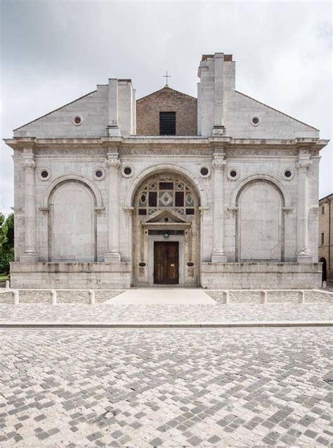 tempio malatestiano interno m 225 s de 25 ideas incre 237 bles sobre renacimiento arquitectura