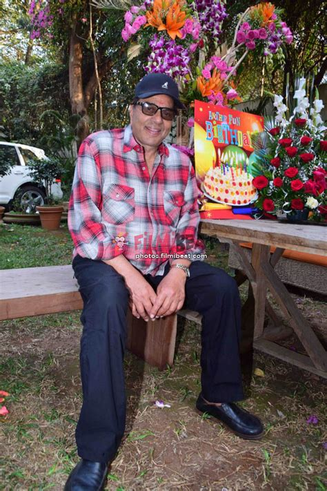 bollywood actor dharmendra date of birth photos dharmendra birthday 81st celebration with media