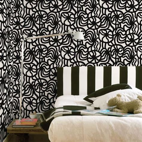 black pattern wallpaper bedroom black and white bedroom wallpaper design ideas