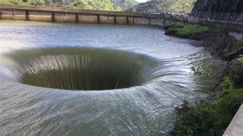 lake berryessa spillway lake berryessa glory hole spillway 2 21 17 youtube